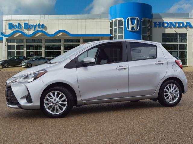 Pre-Owned 2018 Toyota Yaris 5-Door LE FWD
